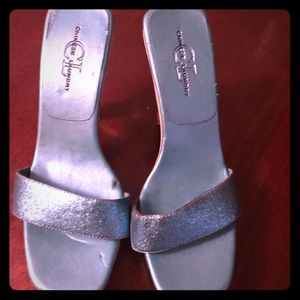 Chinese Laundry high heel metallic blue shoes